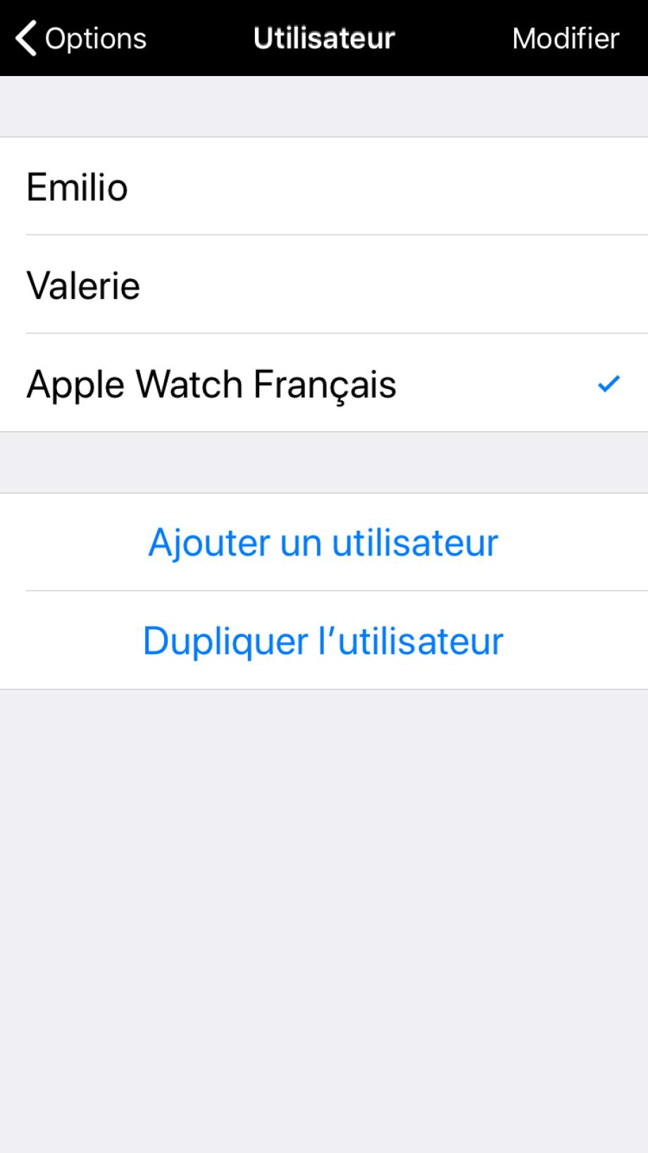 Utilisateurs disponibles dans Proloquo2Go, l'Apple Watch apparaît automatiquement