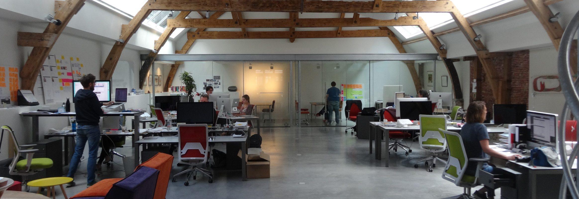 Espacio de oficina AssistiveWare