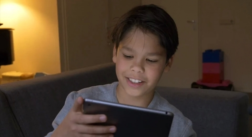 Thijs listening to his own voice on iPad
